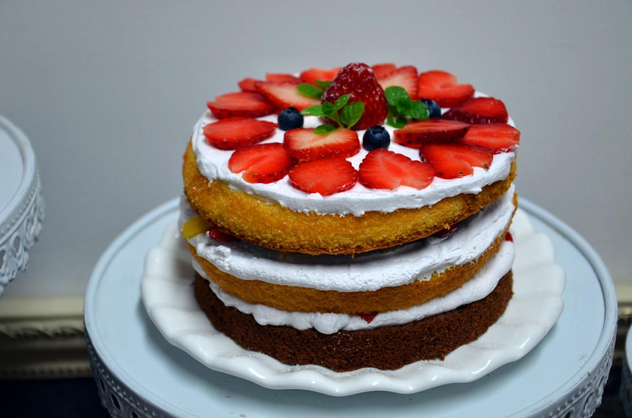 水果裸蛋糕_制作甜品蛋糕饮品展示图片