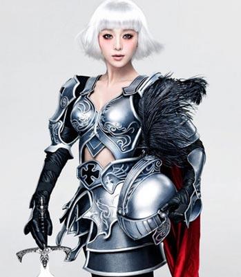 淘宝家年华杭州举行 范冰冰拍卖战袍支援玉树