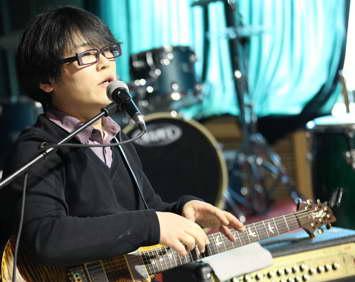 吉他中国专访:著名音乐制作人贾轶男