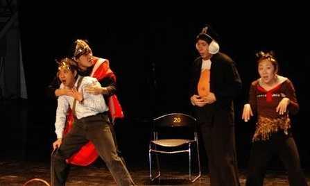 万通集团办戏剧节加强企业文化的建设