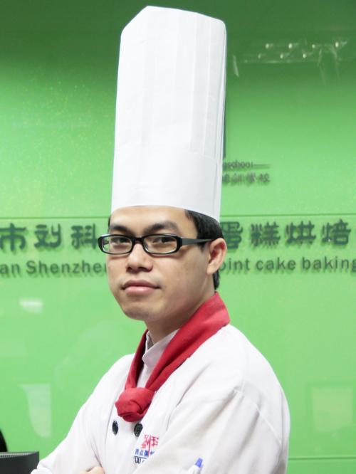 刘科元西点蛋糕烘焙培训学校烘焙教研部:周展南老师