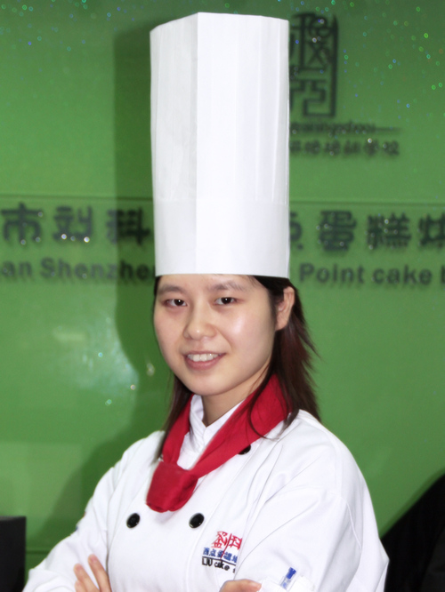 刘科元西点蛋糕烘焙培训学校烘焙教研部:张庆老师