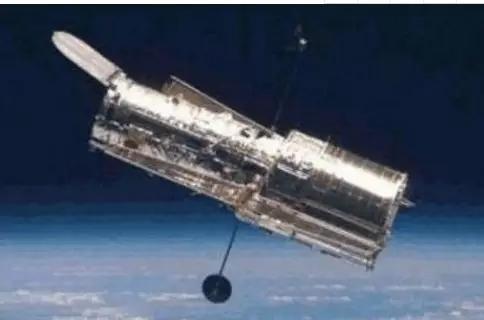 哈勃望远镜对着一颗暗淡的星星4个月后,传回一张惊人的照片