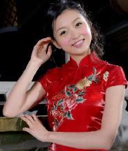 名流千娇百媚.葡萄成熟时,绣花时尚新娘旗袍
