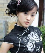 牡丹俏丽人.黑色精致绣花新娘旗袍