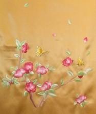 蜀绣披肩围巾 手工牵边 真丝重缎  蝶恋花图案