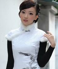 花韵 白色 兔毛刺绣 巧之韵2011冬装新款旗袍裙