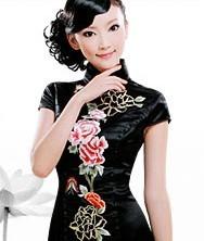 巧之韵黑色重磅真丝. 倾怀 蜀绣时尚改良旗袍