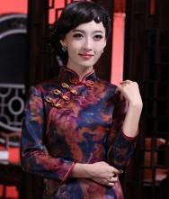 巧之韵  独爱嫣红 新款改良时尚复古中袖真丝香云纱旗袍