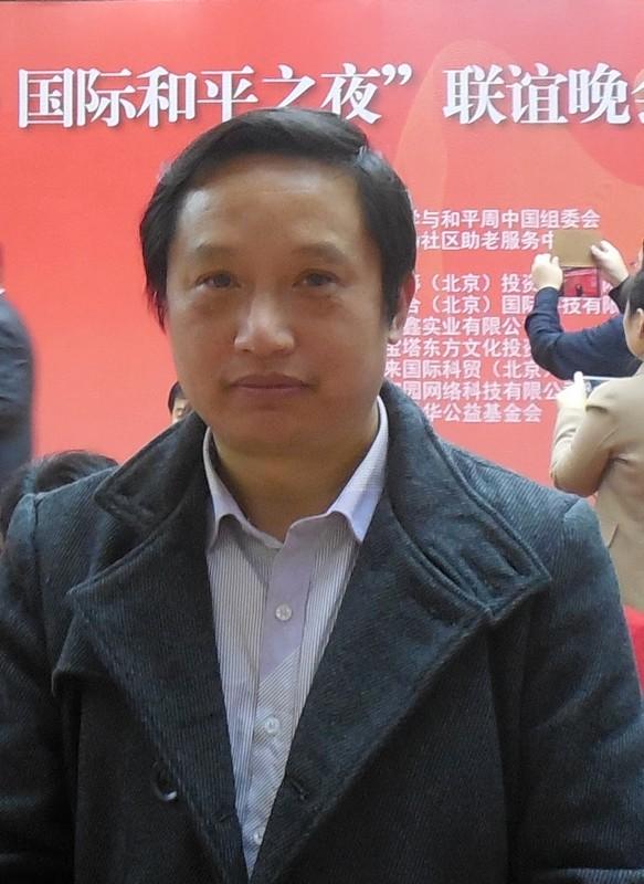 陈清泉为国家商务部创作《长城》始终