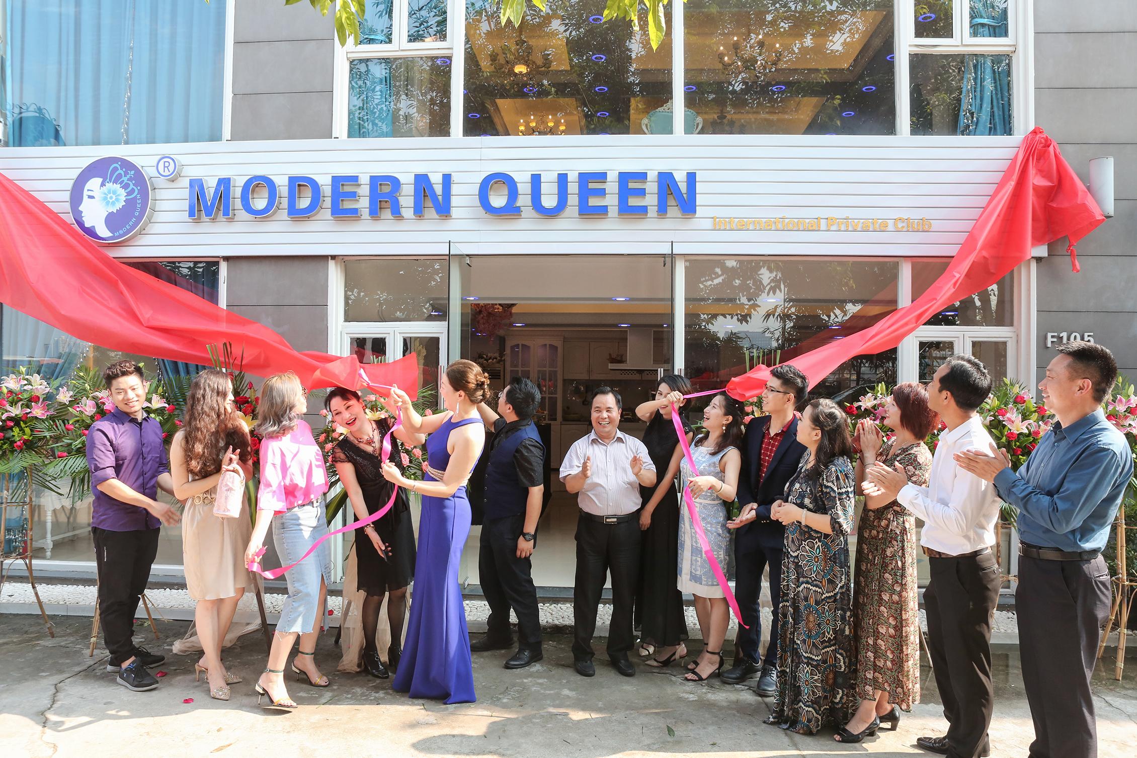 报视TOP:摩登女王会所暨摩登时代影视娱乐在广州开业